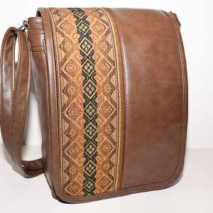 Mens large backpack peruvian